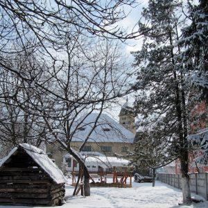 204_nincs-mu-emle-kve-delmi-besorola-sa-23-czirjak-karoly_urma-nczy-kaste-ly.jpg