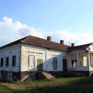 8_ms-ii-m-a-15585-pusok-botond_demeter-zsuzsanna_abosfalva_apor-kuria-2-.jpg